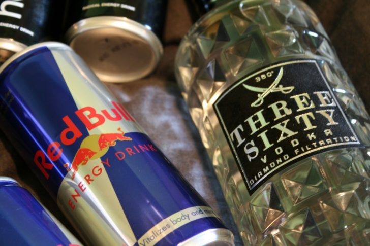 alcohol_red_bull_energy_drink_vodka