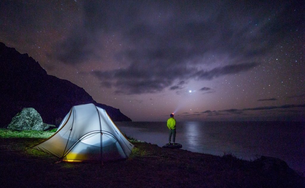 night_stars_galaxy_camp_wild