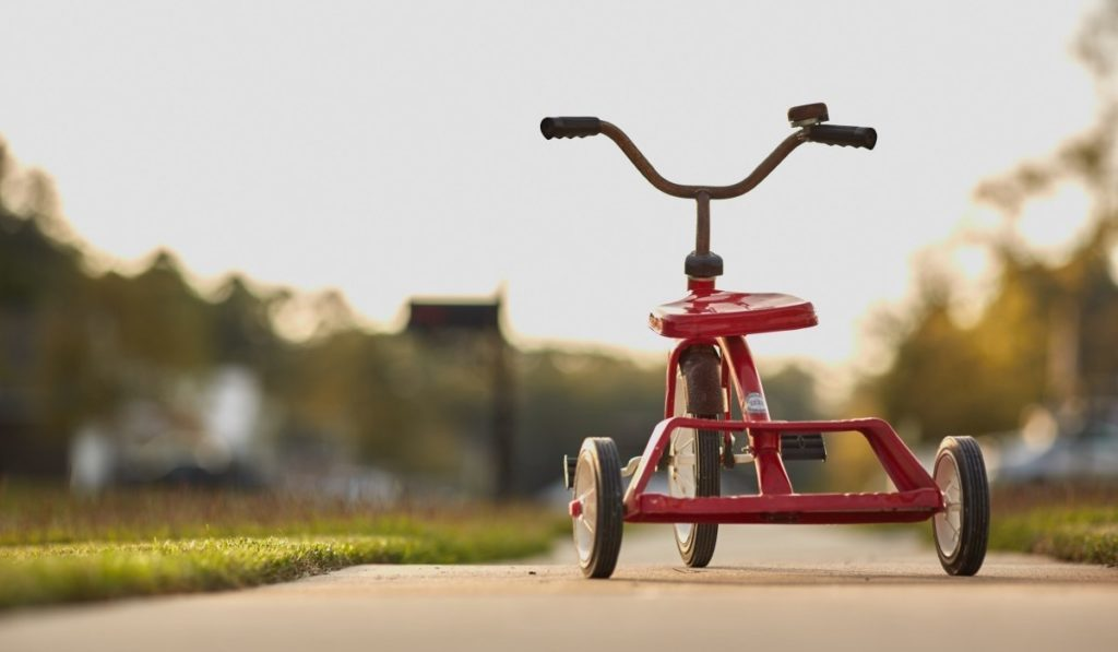 tricycle_red_childhood_toy_ride_.jpg!d