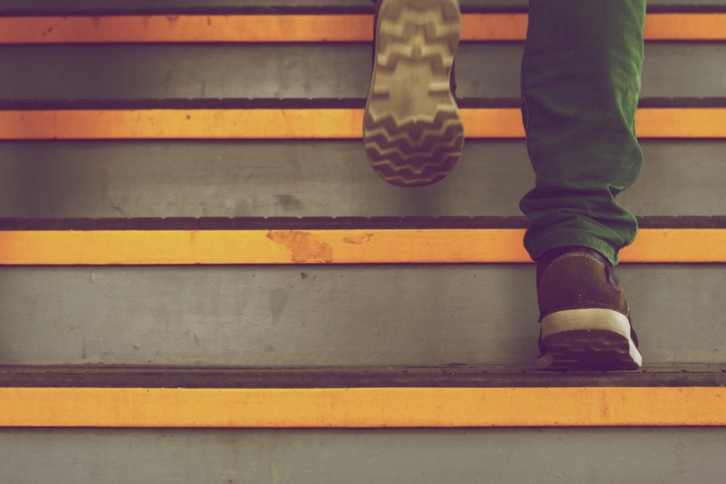 step_stair_shoe_ascend