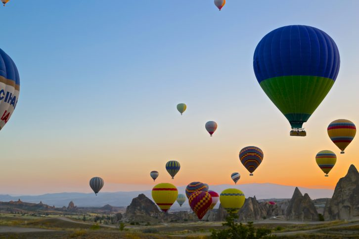 landscape-balloon-valley-travel
