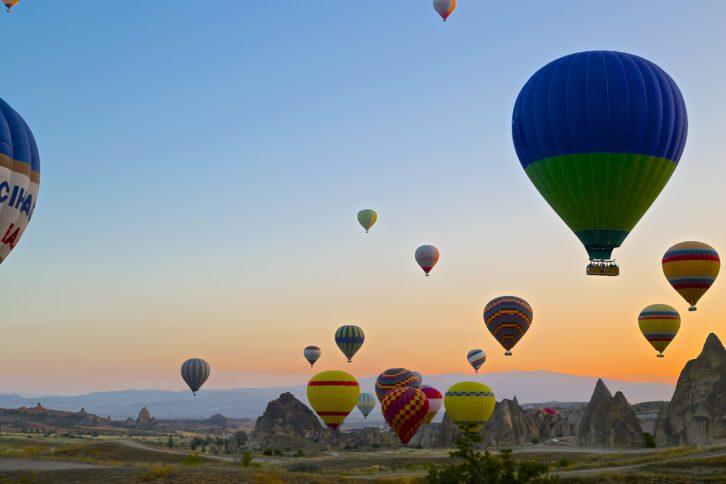 landscape-balloon-valley-travel